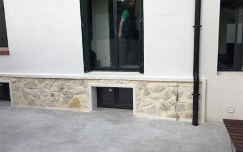 Traitement d'une façade en pierres et ravalement